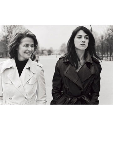 charlotte-gainsbourg-rampling-trench-4