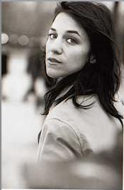 charlotte-gainsbourg-trench-6