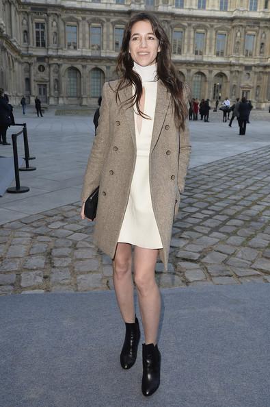 charlotte-gainsbourg-louis-vuitton-fashion-week-paris-hiver-2014-2015-11