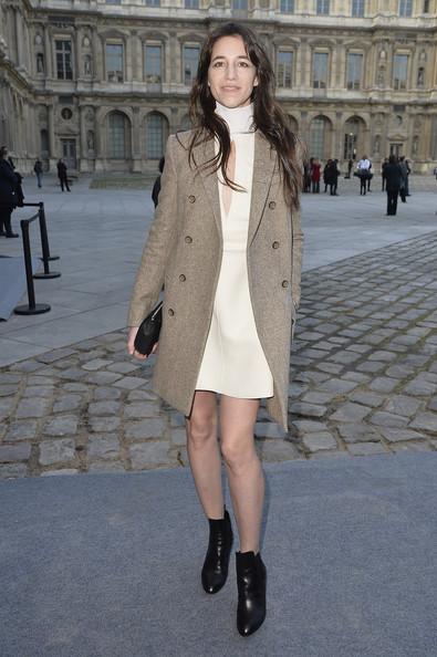 charlotte-gainsbourg-louis-vuitton-fashion-week-paris-hiver-2014-2015-12