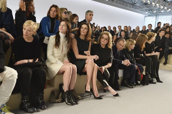 charlotte-gainsbourg-louis-vuitton-fashion-week-paris-hiver-2014-2015-3