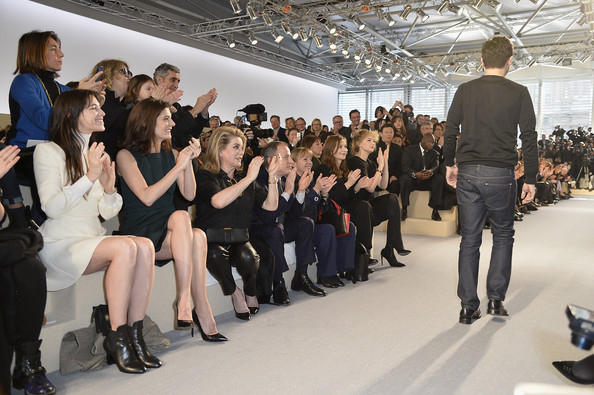 charlotte-gainsbourg-louis-vuitton-fashion-week-paris-hiver-2014-2015-5