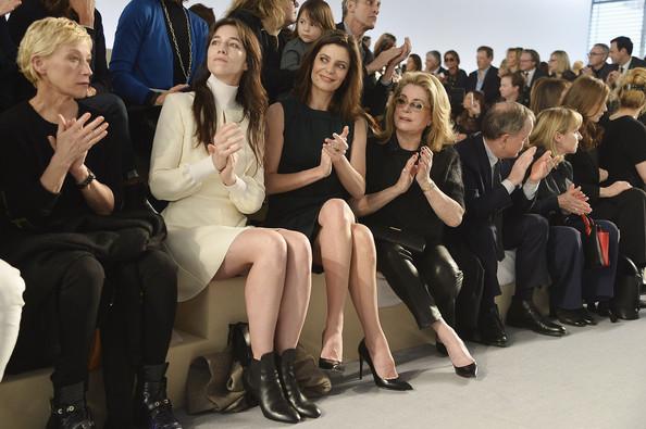 charlotte-gainsbourg-louis-vuitton-fashion-week-paris-hiver-2014-2015-6