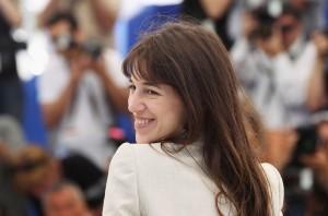 """Charlotte Gainsbourg au photocall pour """"L'Arbre"""" de Julie Bertucelli au 63ème Festival de Cannes le 23 mai 2010. Photo Getty Images Europe"""