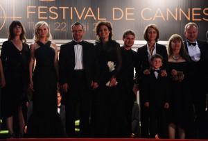 """Toute l'équipe du film """"Mélancholia"""" à la Première du film au 64ème Festival de Cannes le 18 mai 2011"""