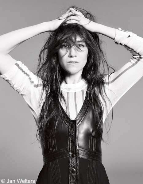 Charlotte-Gainsbourg-jan-welters-elle-aout-2014-3
